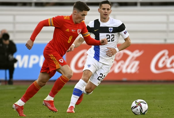 Harry Wilson misses from spot as Wales are held in Finland friendly